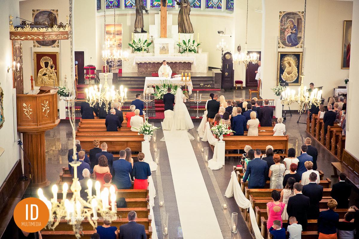 Zdjęcia w kościele z góry
