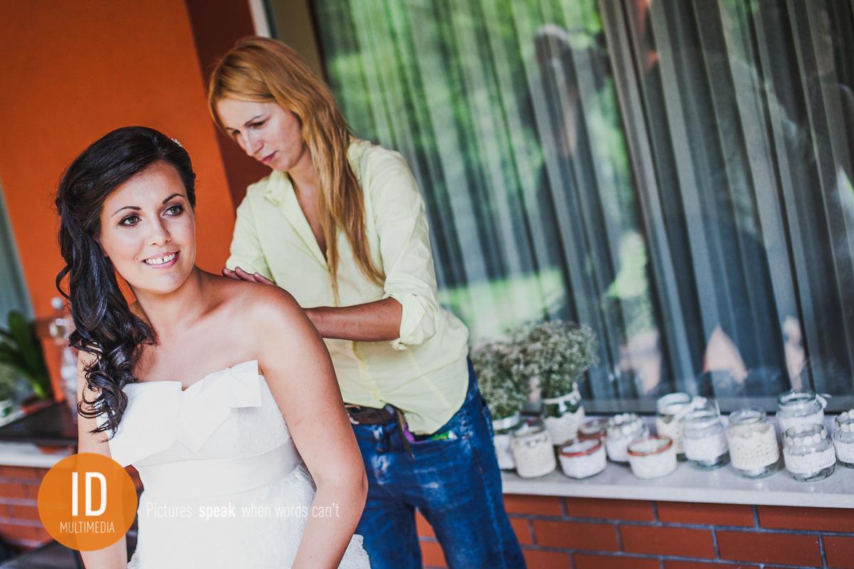 Milena z fryzjerką