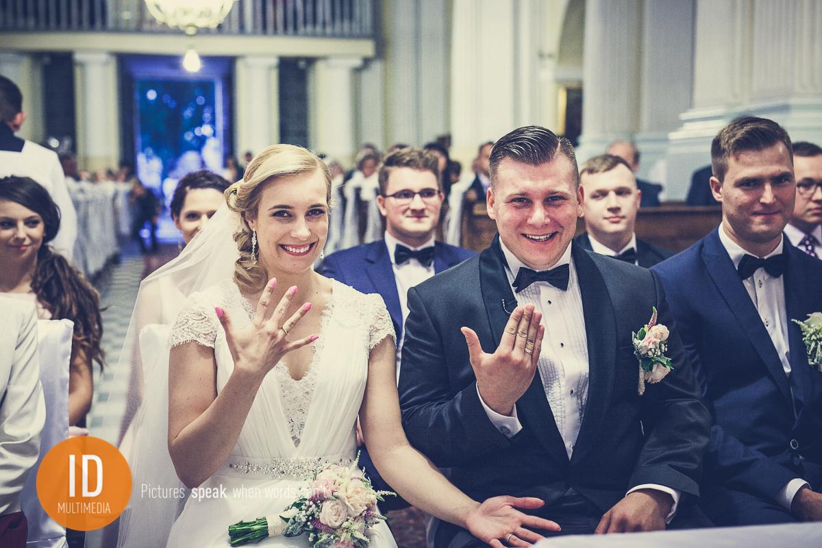 Szczęśliwa Para Młoda