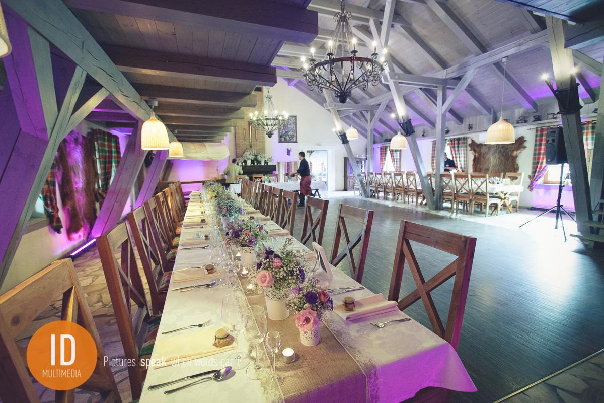 zdjęcia ślubne w stylu rustykalnym sala