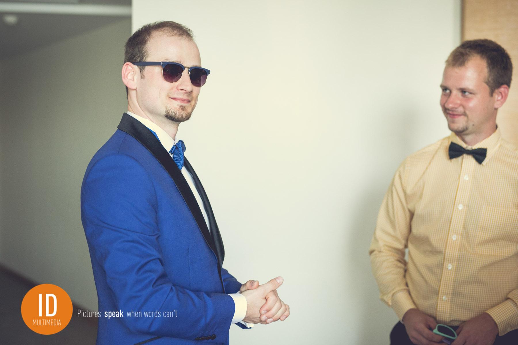 Łukasz - przygotowania do ślubu w stylu retro