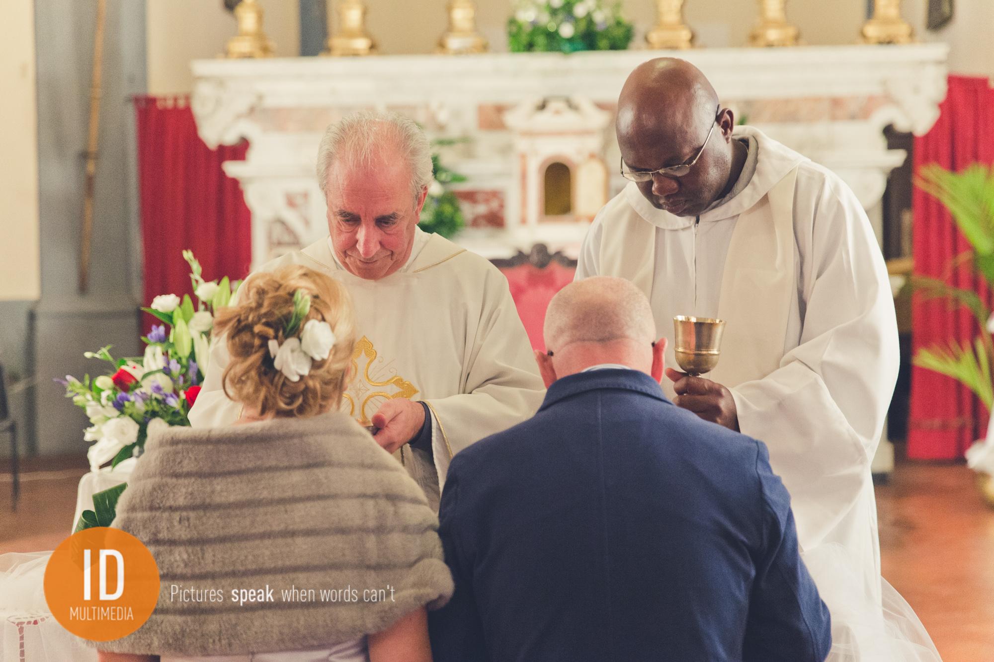 Ślub w Toskanii Komunia