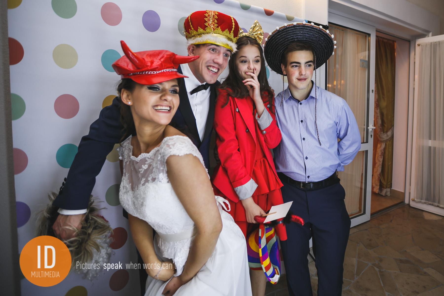 zdjęcia ślubne Sylwii i Jakuba fotobudka
